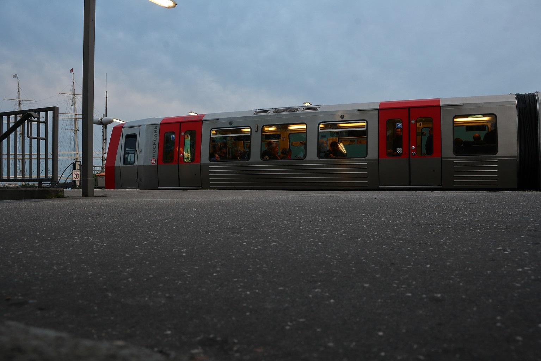 Ein Foto der Linie U3 der Hamburger Hochbahn.